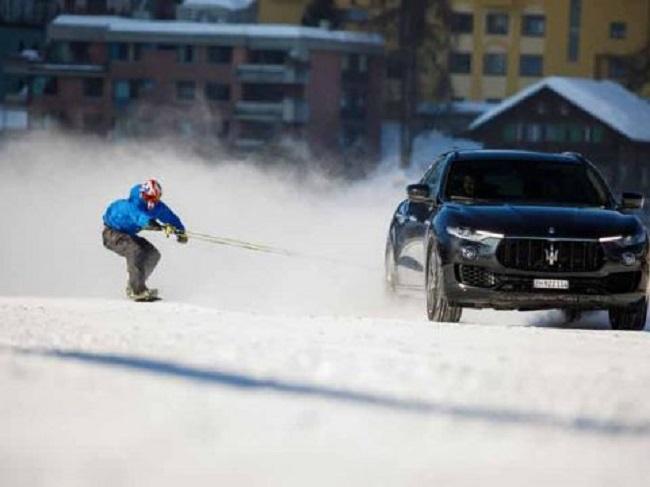 Jamie Barrow superó su propio récord de velocidad en snowboard
