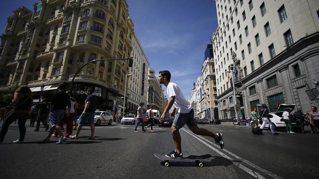 Ordenanza de Movilidad prohíbe uso del skate en calles de Madrid