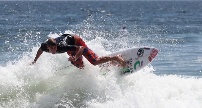 Islas Galápagos reunirá lo mejor del surf en el Galápagos Doble Corona