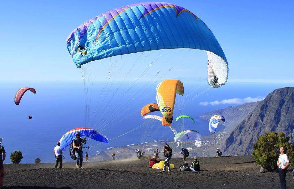 Isla El Hierro, una reserva natural y privilegio para el parapente
