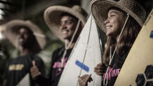 Más de treinta jóvenes de distintas playas venezolanas fueron beneficiados a través de la ONG Latinos Unidos